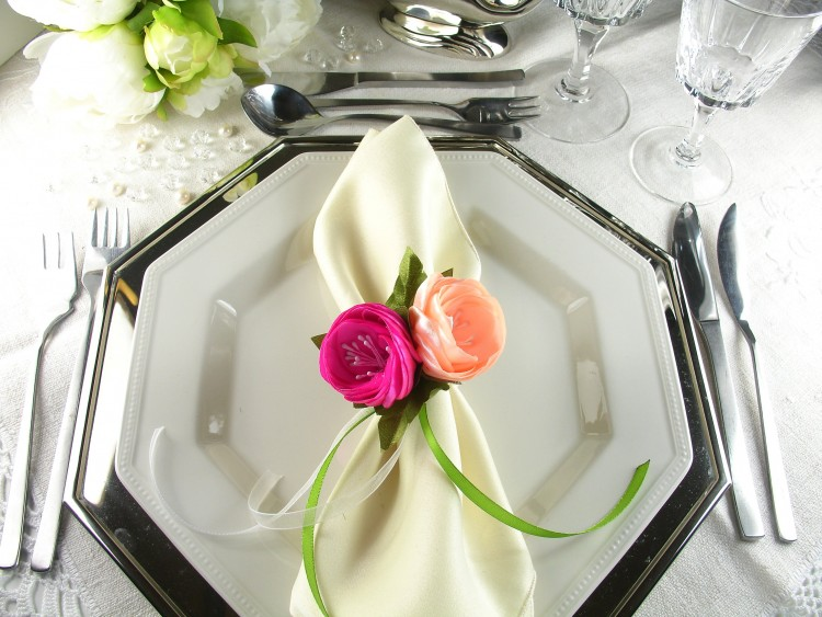 Silk Flowers as Napkin Rings